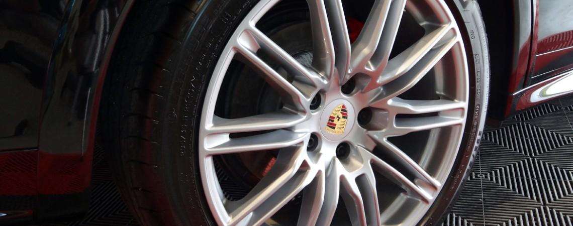Porsche Cayenne GTS-MANIAC AUTO