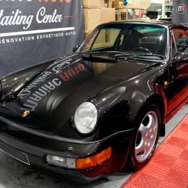 Lavage d'entretien d'une Porsche 911(964) TLU